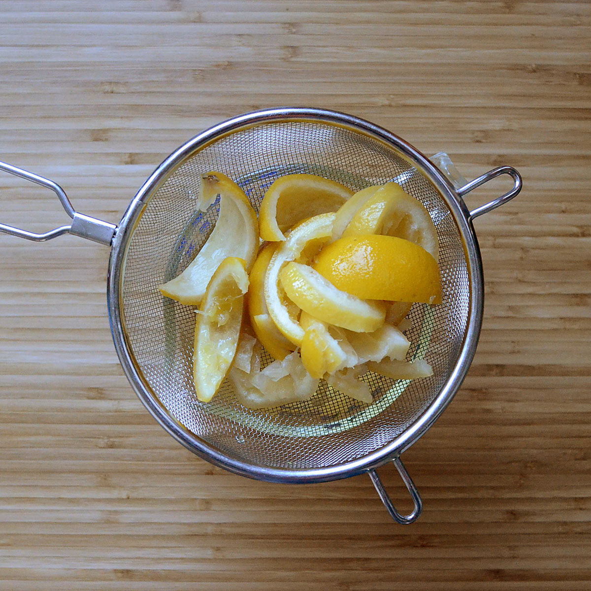 tiny trash can diy all-purpose cleaner with lemon peels