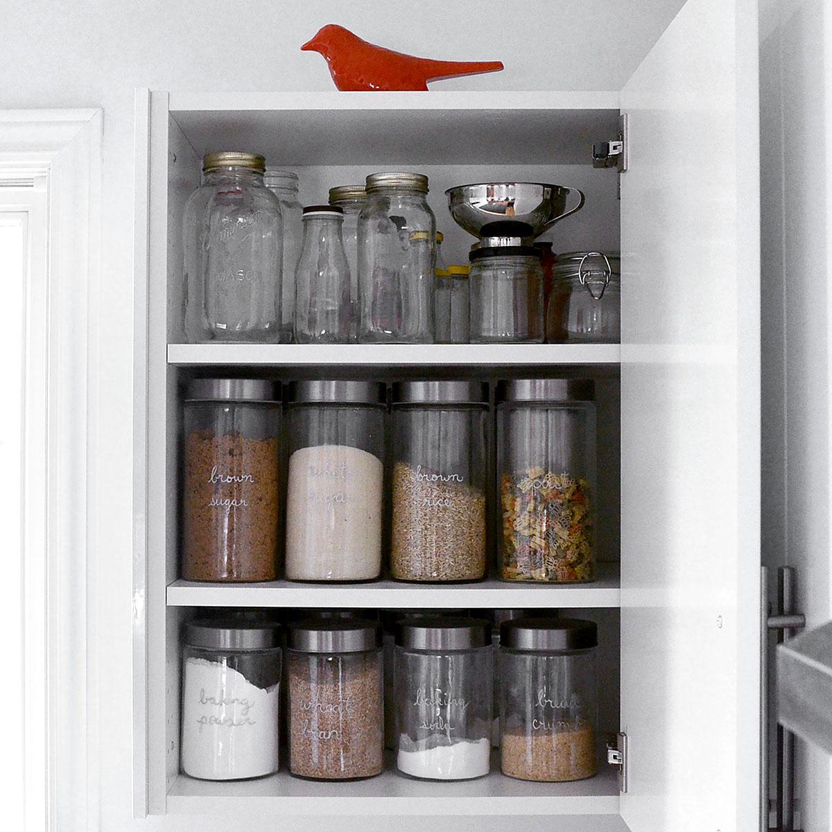 Kitchen Pantry 183 Tiny Trash Can