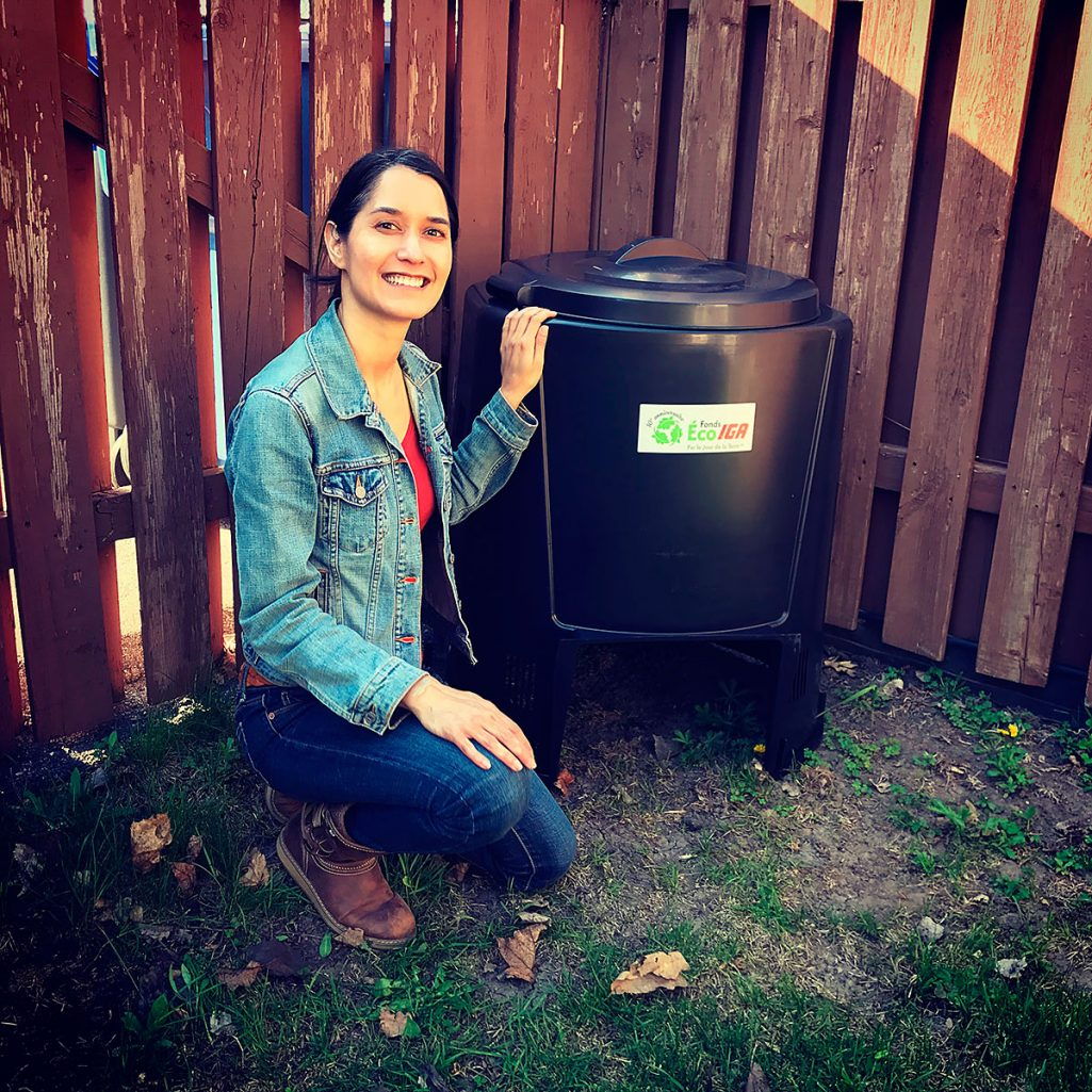 Tiny Trash Can backyard composting