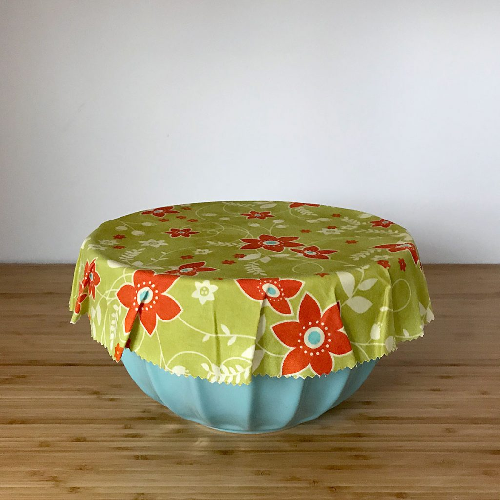 Tiny Trash Can diy beeswax wrap cover